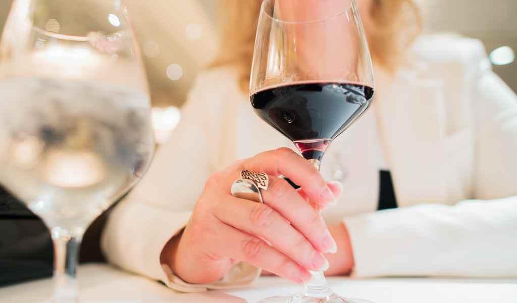 Лечение женского алкоголизма в Орудьево анонимно